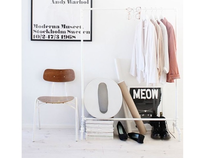 dressing petit affordable le petit dressing by mous photo. Black Bedroom Furniture Sets. Home Design Ideas