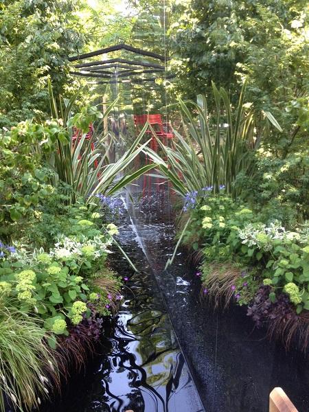 jardin extérieur point eau
