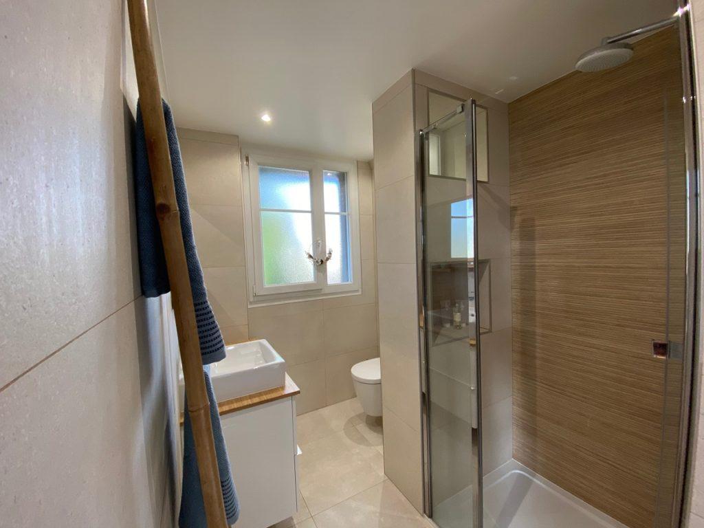 salle de douche pavillon après travaux
